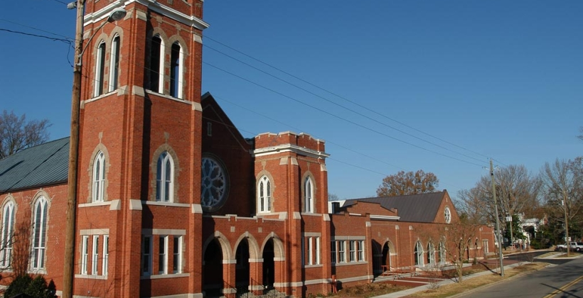 First_Presbyterian_Church_01-820x420.jpg